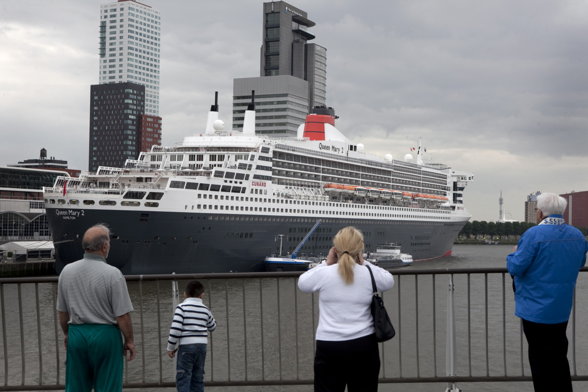 Havens Rotterdam Queen Mary 2 Cruiseboot