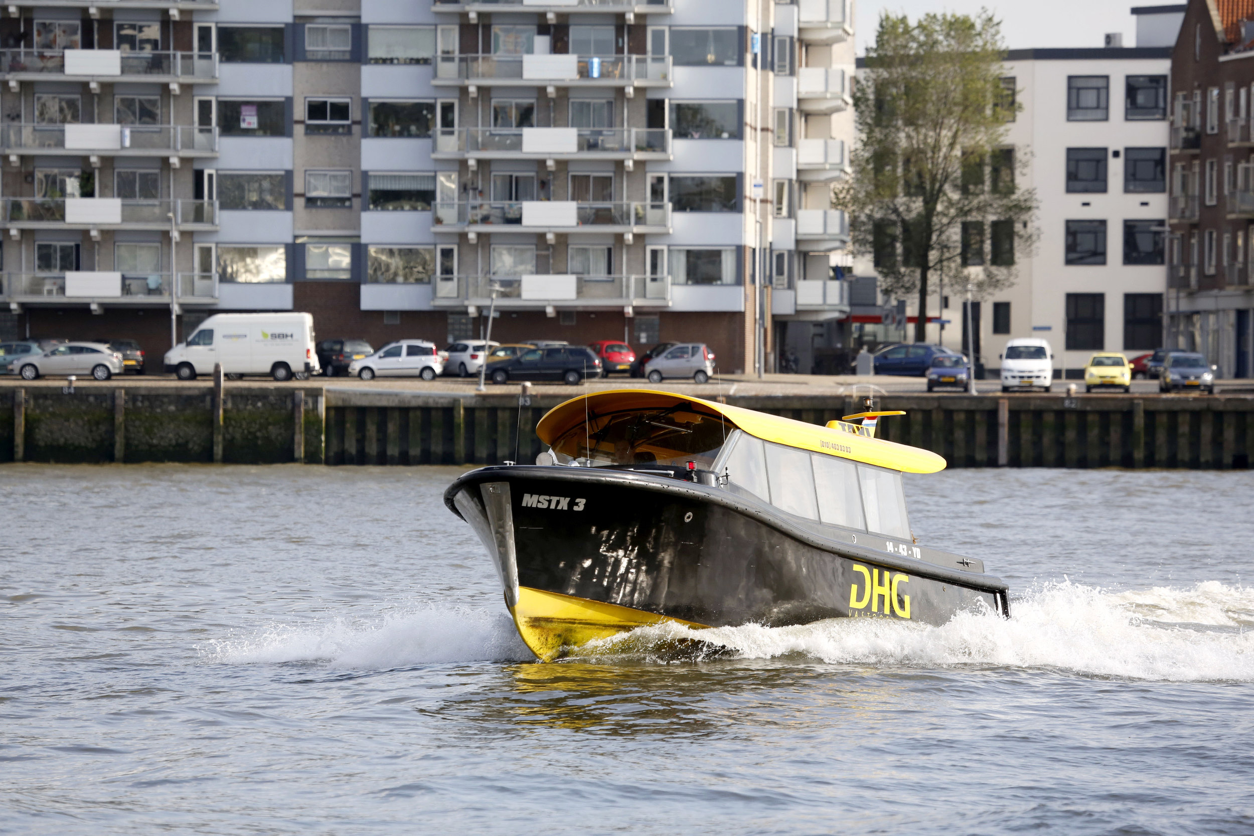 Rotterdam Haven Watertaxi Maas
