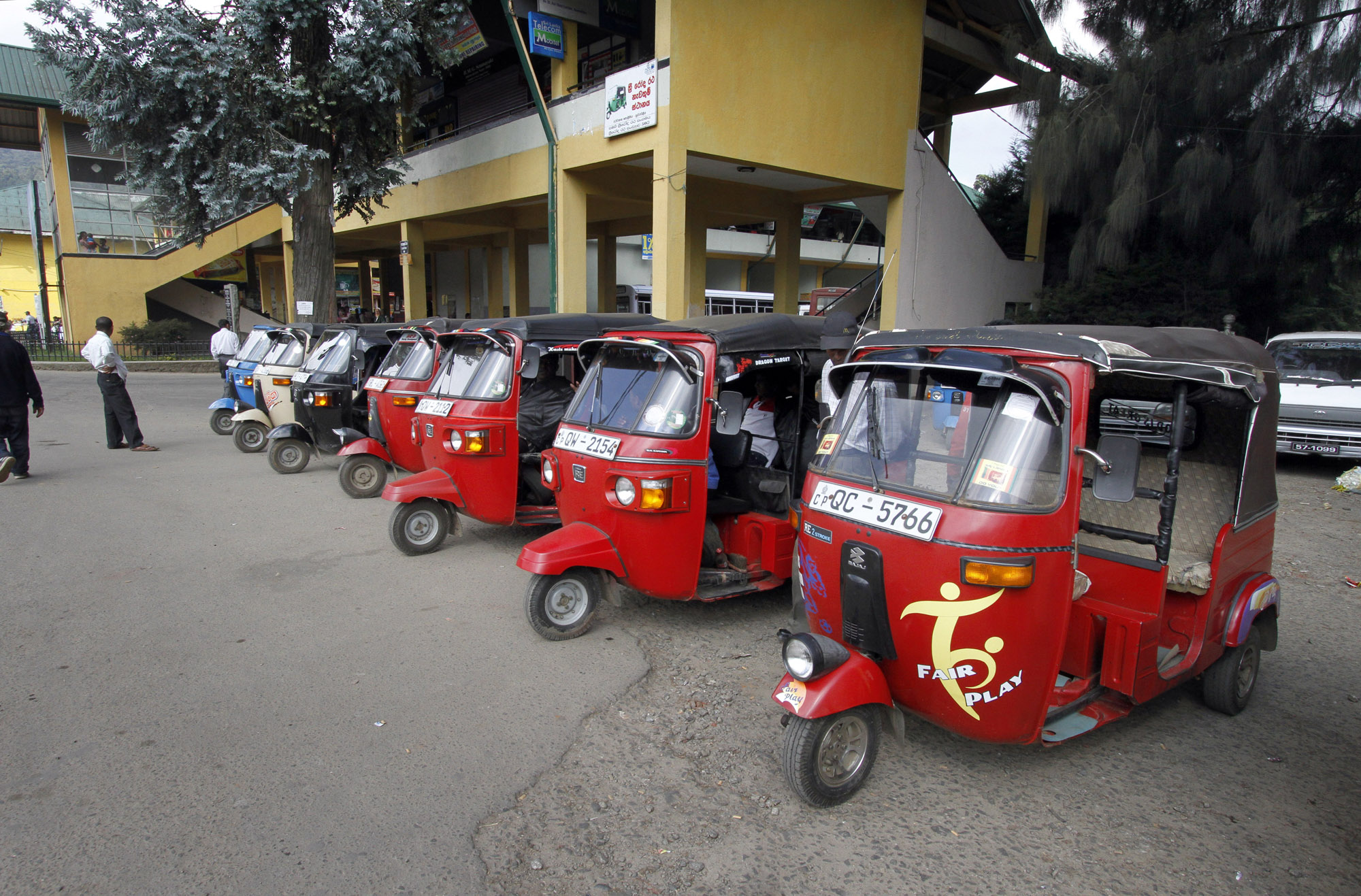 Sri Lanka Tuktuks Straatbeeld Bomen Fair Play