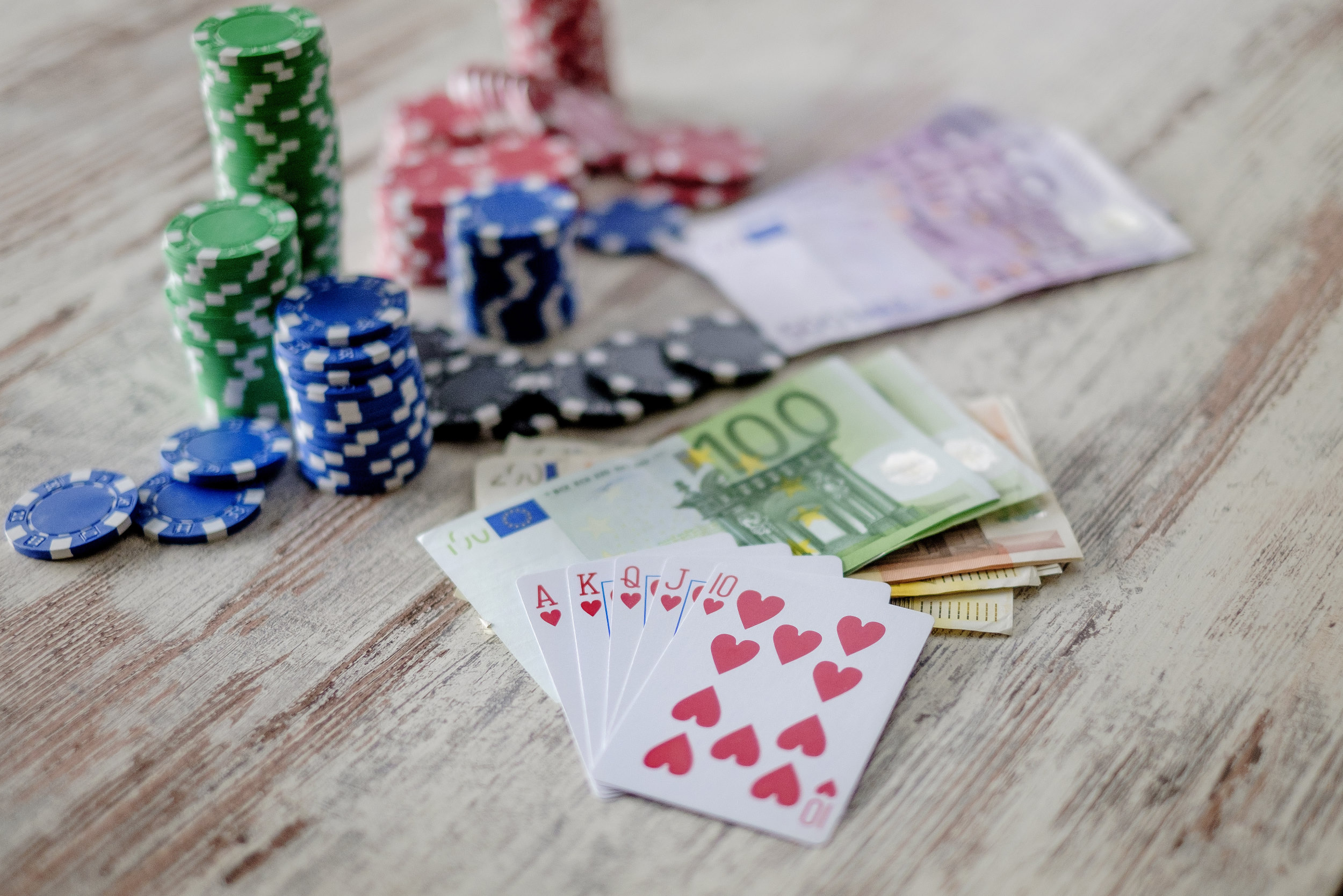 geld, money, poker, gokken, gamble, gokspel, fiches, euro, kaarten, Royal Flush
