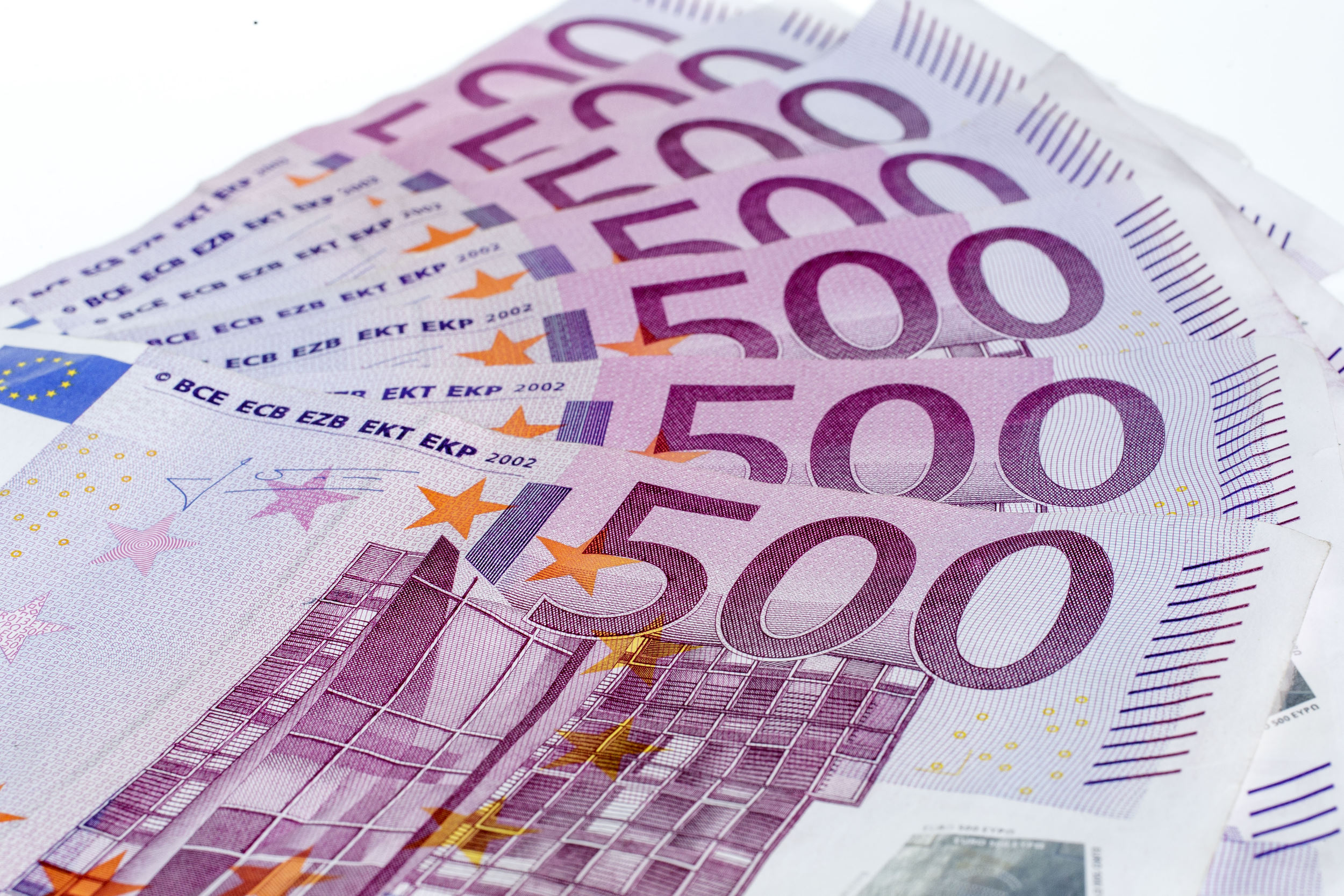 geld, money, bankbiljet, banknote, briefgeld, papiergeld, bills, stapels, zwartgeld, witwassen, sparen, savings, contant, cash, flappen
