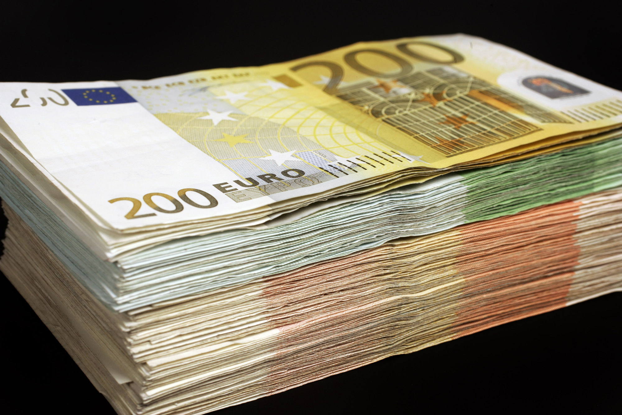 geld, money, euro, stapel, bankbiljet, banknote, contant, cash, flappen, zwartgeld, valuta, papiergeld, briefgeld, bills