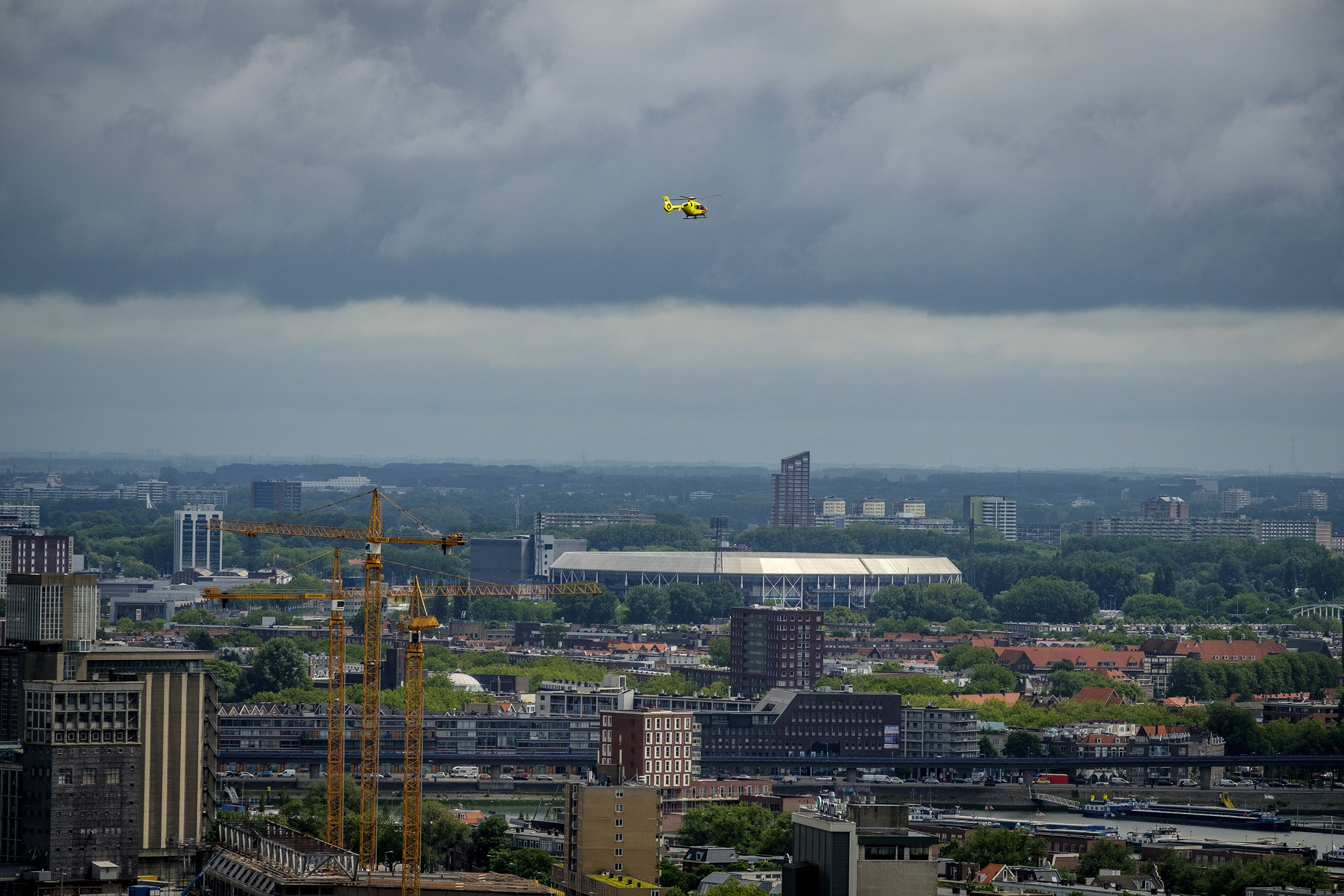 Rotterdam traumahelicopter traumaheli Kuip